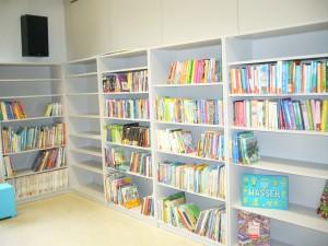 Bücherei-001